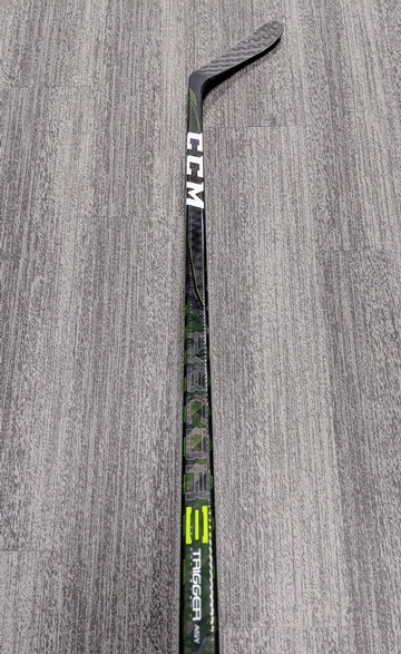 Right_Pro_Stock_Perron_CCM_Trigger_75_Flex_Stick_01