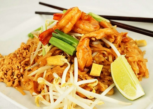 Order Pad Thai at Thai Noodle - Best Thai Restaurant Toronto