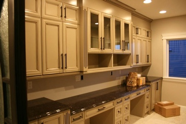 Custom Kitchen Cabinets Edmonton by ELITE KITCHENS INC.