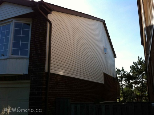 Siding Repair North York by Siding Contractor - AIMG Inc