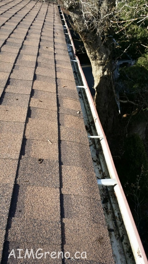 Gutter Cleaning Toronto - AIMG Inc