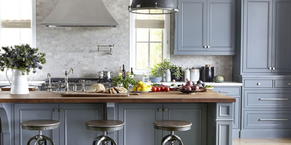 landscape-1508261408-gray-kitchen.jpg