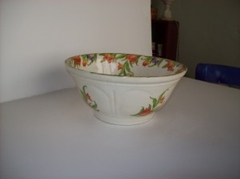 Harker Tulip Transferware Mixing And Baking Bowl - Buy Kitchen Tools Online Los Angeles CA