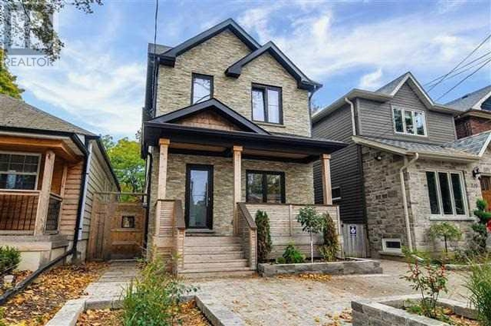 Homes For Sale in Downtown Toronto