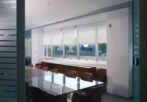 EN3 Sunprotection, commercial interiors, Dynamic-Lift Open-Roll System, EcoWeave Light Filtering PVC Free Fabric, 8