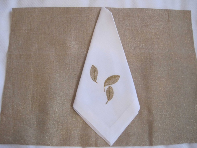 Linen Placemat and Napkin - Luxury Linens at The Silver Peacock Inc