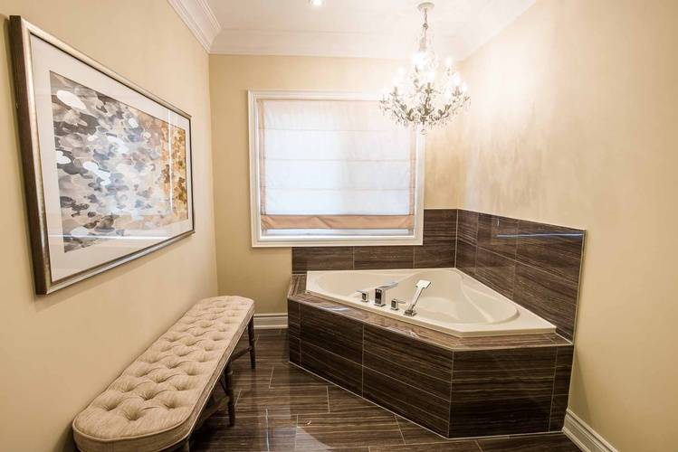 Master Ensuite Wall Decor Oakville by Designer Consultant at PARSONS INTERIORS LTD.