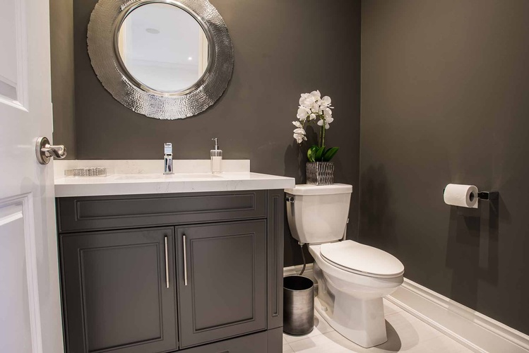 Bathroom Design Mississauga ON by PARSONS INTERIORS LTD.