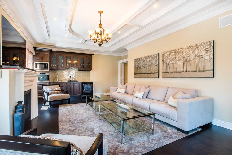 Custom Home Decor in Oakville ON by PARSONS INTERIORS LTD.