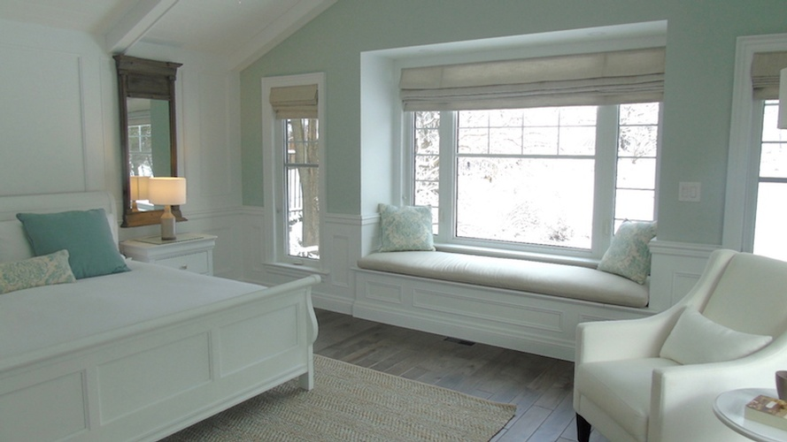 Bedroom Design Mississauga by Designer Consultant at PARSONS INTERIORS LTD.