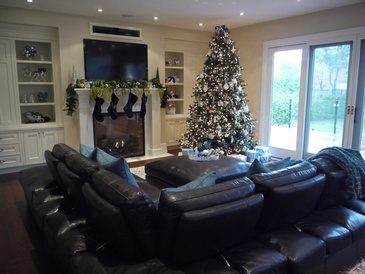 Holiday Decorating - Custom Home Decor in Oakville ON by Parsons Interiors Ltd.