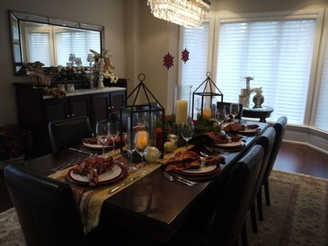 Holiday Decorating - Interior Decorating Services Mississauga ON by Parsons Interiors Ltd.