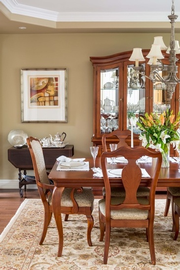 Dining Room - Custom Furnishings in Oakville ON by Parsons Interiors Ltd.