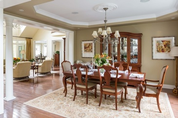 Formal Dining Room - Home Interior Furniture in Mississauga ON by Parsons Interiors Ltd.