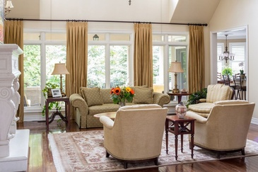 Traditional Living Room - Custom Furnishings in Oakville by Parsons Interiors Ltd.