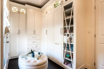 Girl's Bedroom Custom Dressing Room - Interior Design Services in Oakville by Parsons Interiors Ltd.
