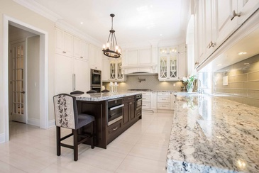 Kitchen Design - Interior Decorator in Oakville ON at Parsons Interiors Ltd.