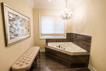 Master Ensuite Artwork - Bathroom Design in Mississauga by Parsons Interiors Ltd.