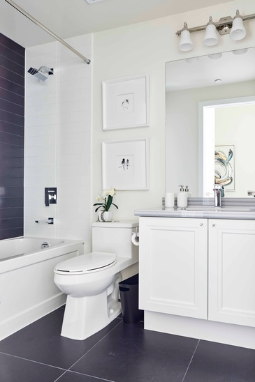 Guest Bathroom Pethouse - Bathroom Design Oakville by Parsons Interiors Ltd.