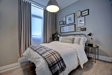 Contemporary Guest Bedroom - Bedroom Design Mississauga by Parsons Interiors Ltd.