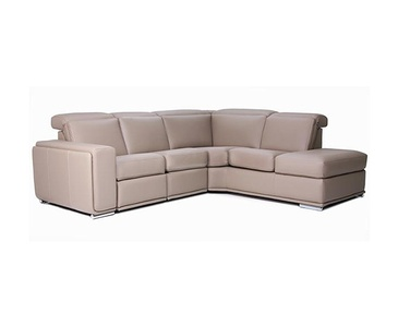Item JMPI-OPT-AMS - Sofa Mississauga by Parsons Interiors Ltd.