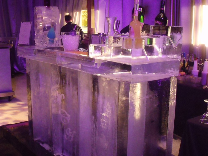 Ice Bar in Windsor by Festive Ice Sculptures