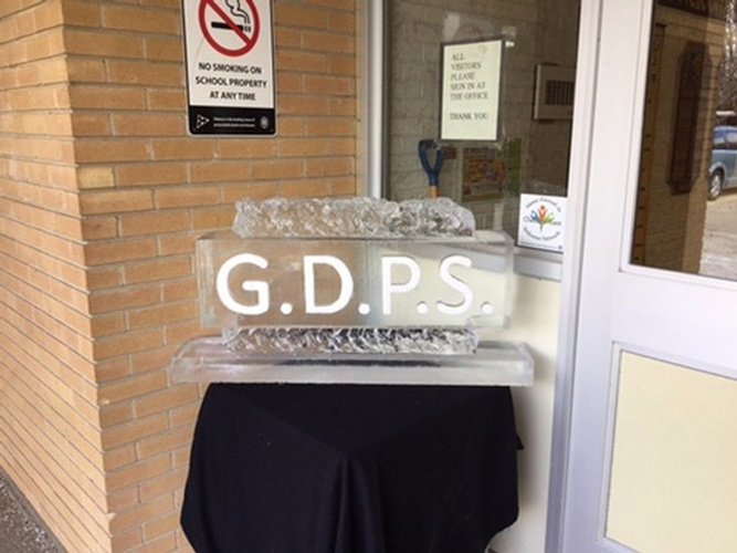 Corporate Ice Logos St. Jacobs by Festive Ice Sculptures