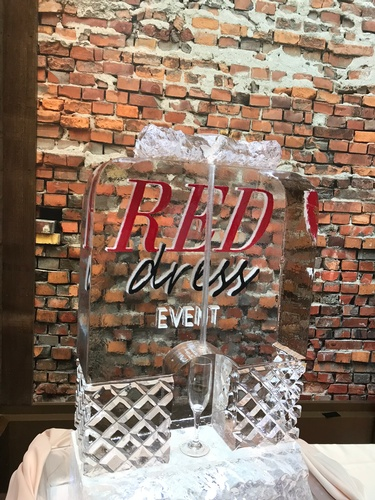 Ice Sculpture Ice Bar Ice Luge Ice Coctail Luge Ice drink server Ice Logo Luge London Hamilton Cambridge Oakville Windsor (3)
