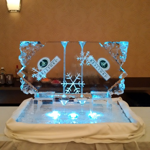 Ice Sculpture Ice Bar Ice Luge Ice Coctail Luge Ice drink server Ice Logo Luge London Hamilton Cambridge Oakville Windsor (37)