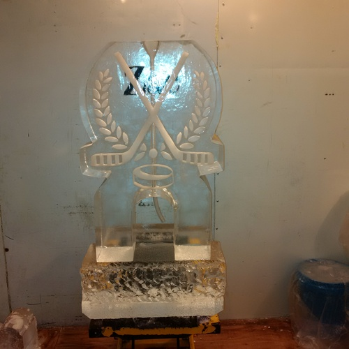 Ice Sculpture Ice Bar Ice Luge Ice Coctail Luge Ice drink server Ice Logo Luge London Hamilton Cambridge Oakville Windsor (40)