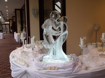 Wedding Ice Sculpture Brampton Ontario by Festive Ice Sculptures