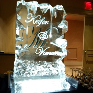 Best Ice Sculptor in London - Festive Ice Sculptures