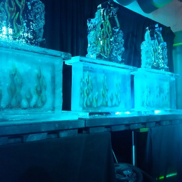Ice Sculpting Company London Ontario - Festive Ice Sculptures