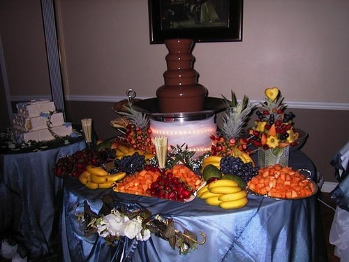 Four Factors to Consider Before Hiring a Chocolate Fountain for Event