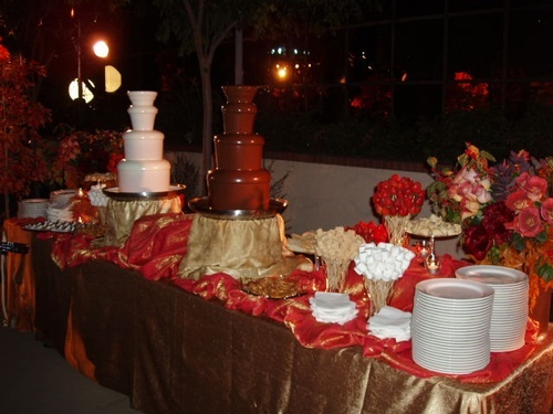 Impress and Express With a Chocolate Fountain