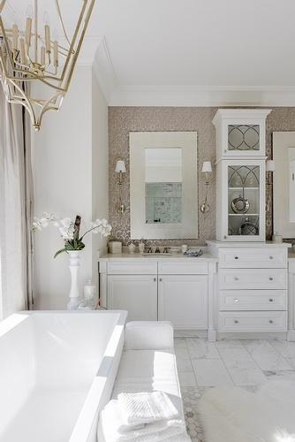 Luxurious Bathroom Renovations in Thornhill by Royal Interior Design Ltd