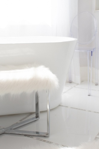Bright White Bathtub - Bathroom Renovations Aurora by Royal Interior Design Ltd