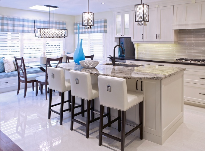 Modern Dining Space - Markham Kitchen Renovations by Royal Interior Design Ltd