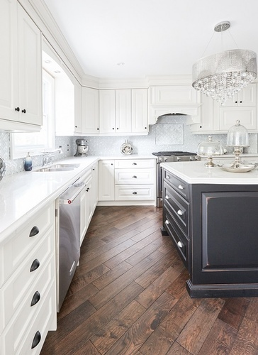 Traditional and Classy Kitchen Renovations Markham by Royal Interior Design Ltd