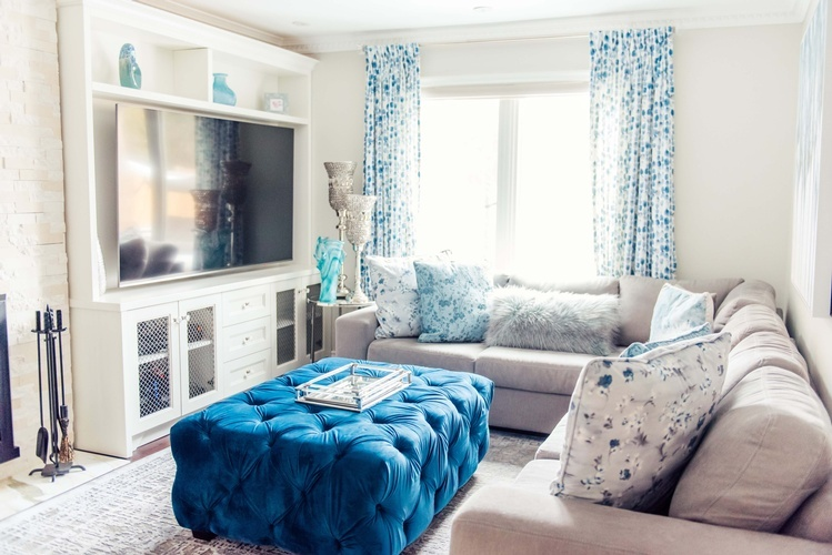 Living Space Renovations Stouffville by Royal Interior Design  Ltd