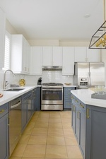 Modular Kitchen Renovations GTA by Royal Interior Design Ltd