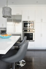 Custom Kitchen Cabinets - Kitchen Renovations Thornhill by Royal Interior Design Ltd