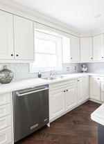 Traditional Kitchen Renovations GTA by Royal Interior Design Ltd