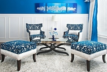 Bold Living Space Decorating Services Thornhill by Royal Interior Design Ltd.