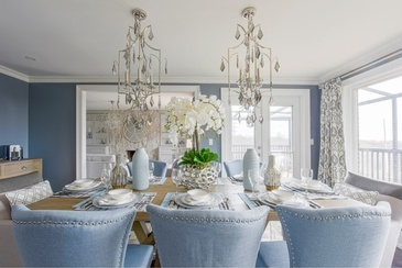 Fresh and Elegant Dining Room Renovations Richmond Hill by Royal Interior Design Ltd.