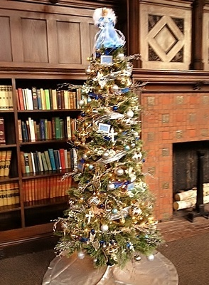 Beautiful Christmas Tree Inside Library by Holiday Interior Decorator Bedford - Tout Le Monde Interiors