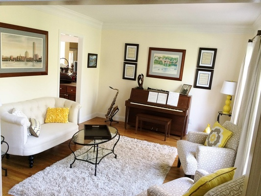 Music Room Design in Bedford by Tout Le Monde Interiors