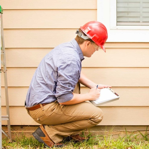 Home-Inspector-GettyImages-52258