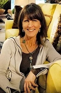 Interior Designer and Visual Merchandiser Kimberly Foster- Luxe Home Interiors