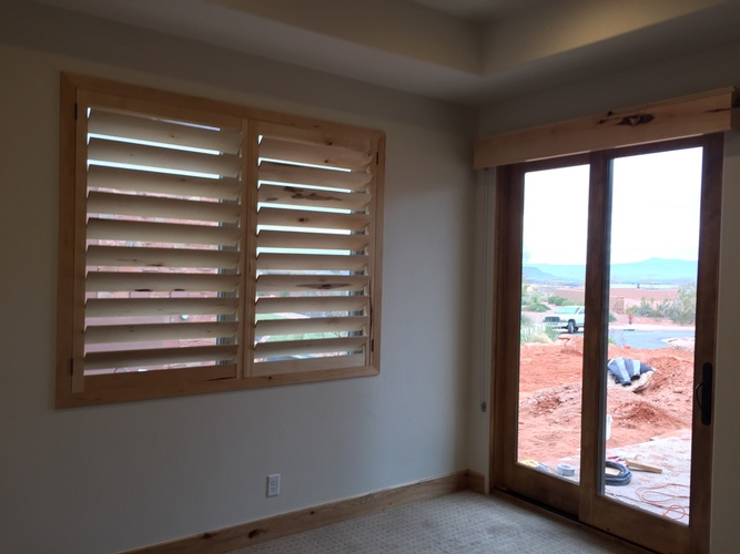 Motorized Roller Shades in St.George